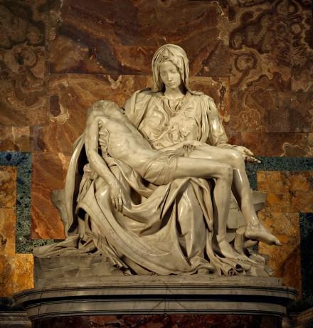 Pieta_Michelangelo.jpg